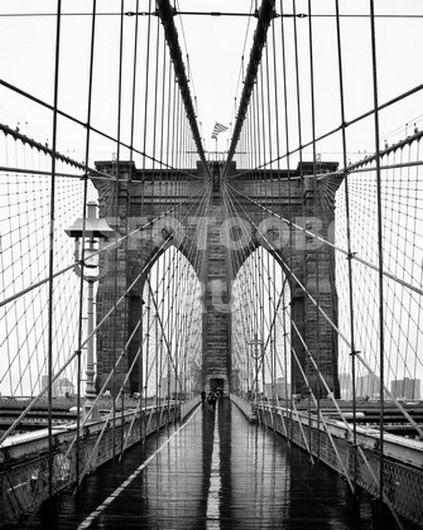 Бруклинский мост после дождя