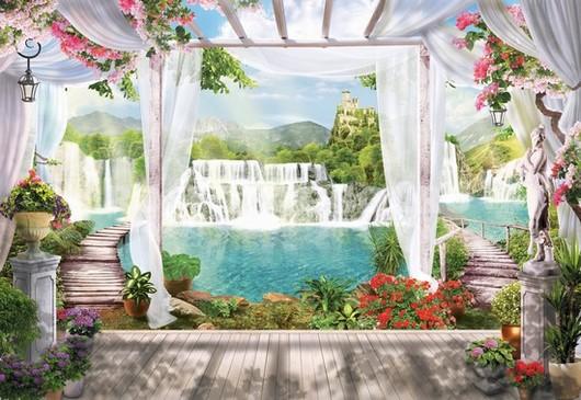 Терраса у водопада