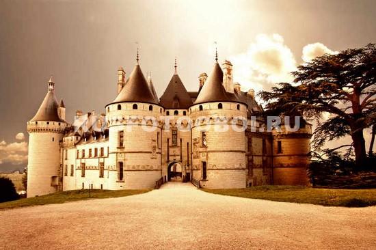 Замок Шомон-сюр-Луар