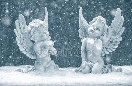 Фигурки ангелов