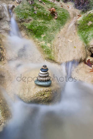 Zenstones на водопады
