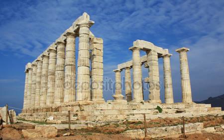Руины храма посейдона в греции