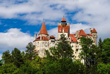Средневековый замок бран