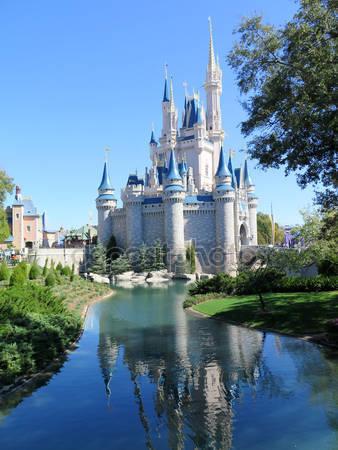 Замок золушки в волшебном королевстве