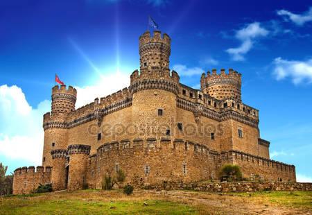 Средневековый замок мансанарес