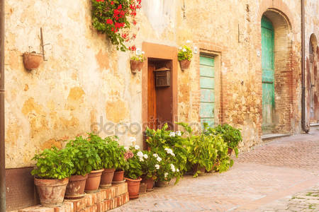 Дворик в италии