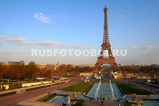 Фотообои Эйфелева башня осенью
