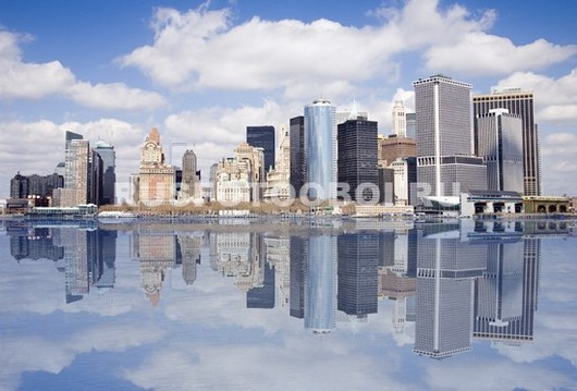 Отражение небоскребов