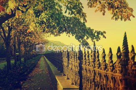 Осенний старинный причал