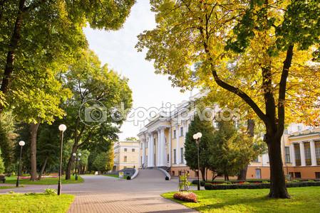 Фотообои Дворец румянцевых