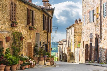 Тосканский город