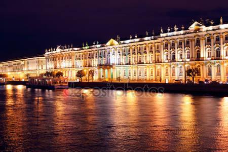 Фотообои Дворцовой набережной ночью