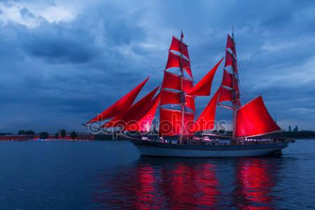 Праздник алые паруса в санкт-петербурге