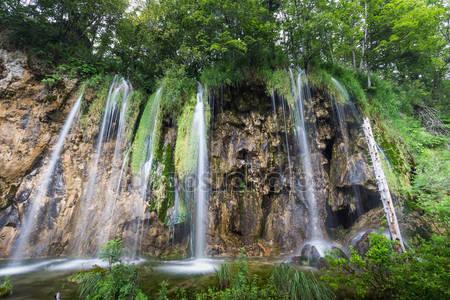 Фотообои Национальный парк плитвицкие озера