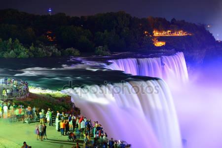 Фотообои Ниагарский водопад ночью