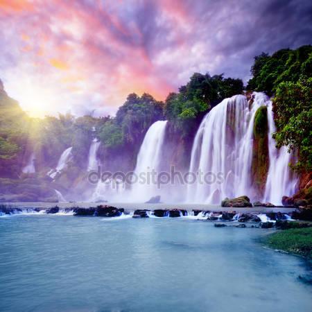 Фотообои Banyue водопад