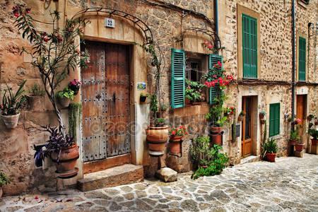 Фотообои Очаровательные улицы старых средиземноморских городов