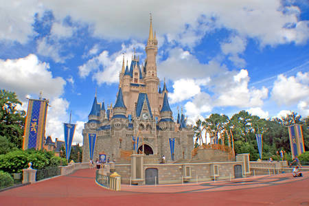 Королевства замок