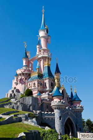 Диснейленд парижский замок