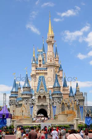 Замок в мире диснея в орландо