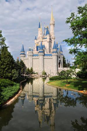 Замок диснея в орландо