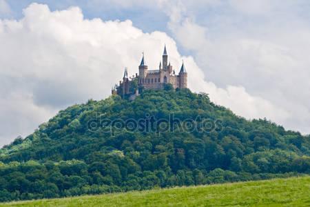 Замок гогенцоллерн в шварцвальде