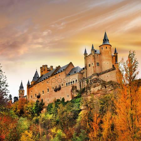 Фотообои Закат над замком алькасар