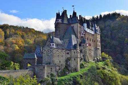 Средневековый замок эльц