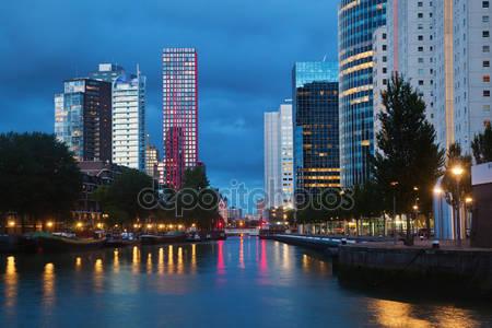 Фотообои Ночной город роттердам