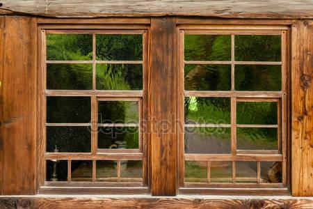 Деревенное окно
