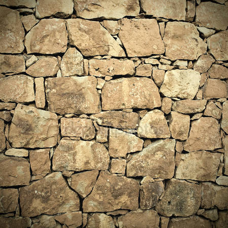 Каменная стенна