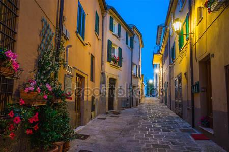 Вечерние улицы сан-марино