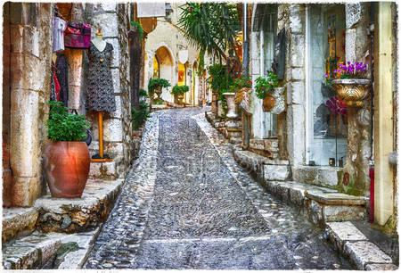 Очаровывая старые улицы деревень прованса