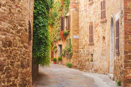 Витые средневековые улочки