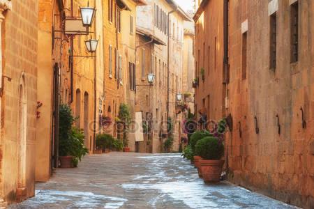 Старый город и улицы