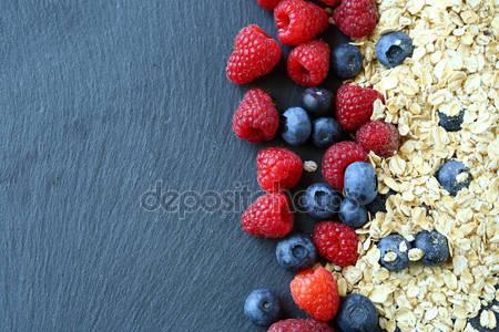 Здоровый завтрак ягод